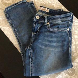 Seven7 brand Capri Jeans